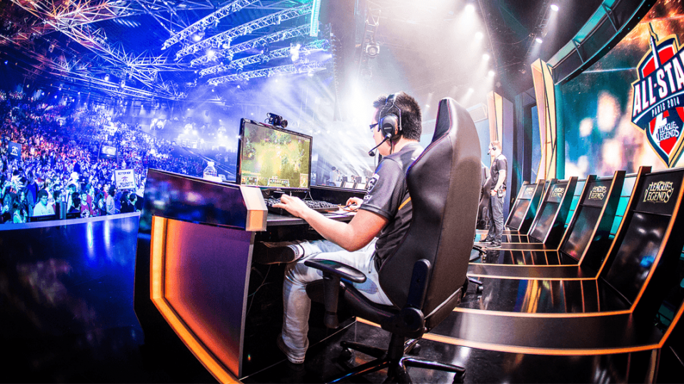 How Blockchain Will Disrupt the e-Sports Game Industry
